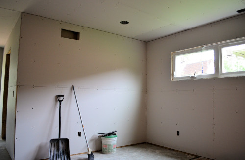 Bedroom: Trust me, it looks really BIG now.